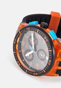 Swatch - YELLOW TIRE - Chronograph watch - orange - 5