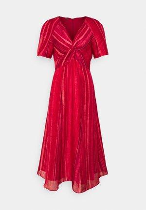 ODEYA DRESS - Jurk - red