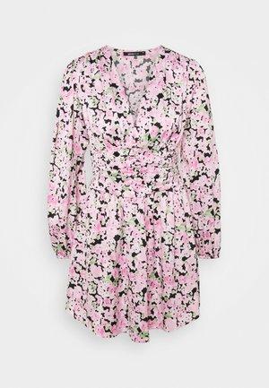 ALTHEA DRESS - Vestido informal - pink