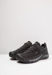 Keen - TARGHEE WP - Hikingskor - black/steel grey - 2