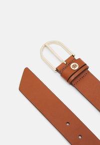 Tommy Hilfiger - CLASSIC BELT - Belt business - brown - 1