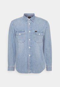 WORKER - Shirt - frost blue