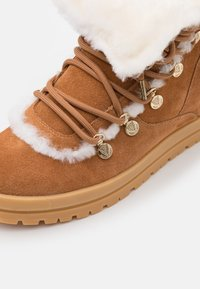 Marc Cain - Lace-up ankle boots - cognac - 6