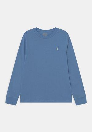 Long sleeved top - sky blue