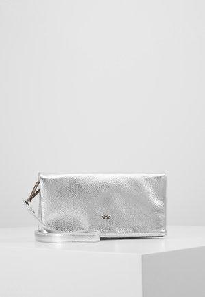 RONJA SMAL - Taška spříčným popruhem - silver