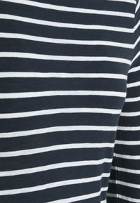 Marc O'Polo - LONG SLEEVE BOAT NECK - Long sleeved top - dark night - 2