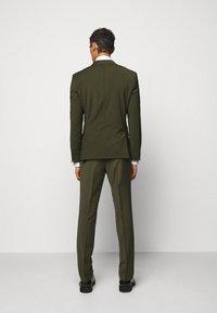 HUGO - ARTI HESTEN - Suit - dark green - 3