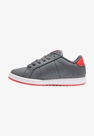 Skateschoenen - grey/red