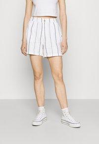 Roxy - DIAMOND GLOW - Shorts - snow white - 0