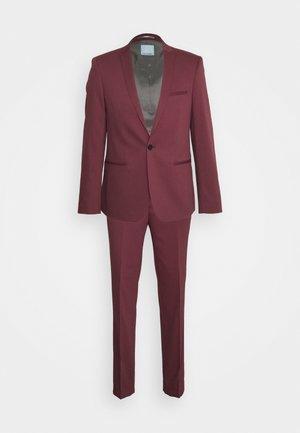 GOTHENBURG SUIT - Suit - maroon
