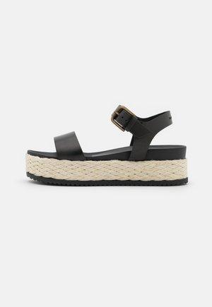 ILARIA  - Sandały na platformie - black
