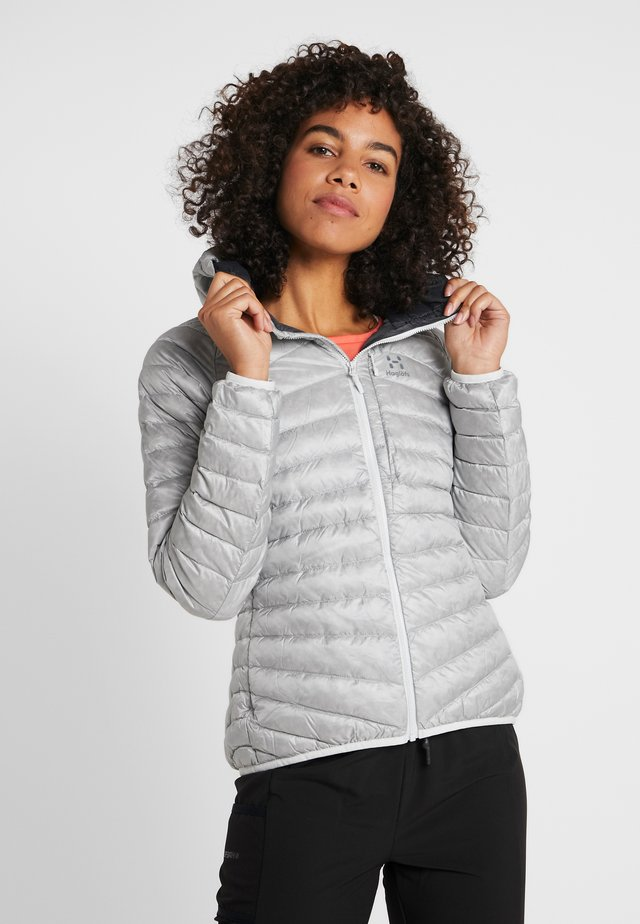 ESSENS HOOD WOMAN - Piumino - stone grey/magnetite