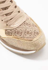 Guess - MOTIV - Sneakers - beige/light brown - 2