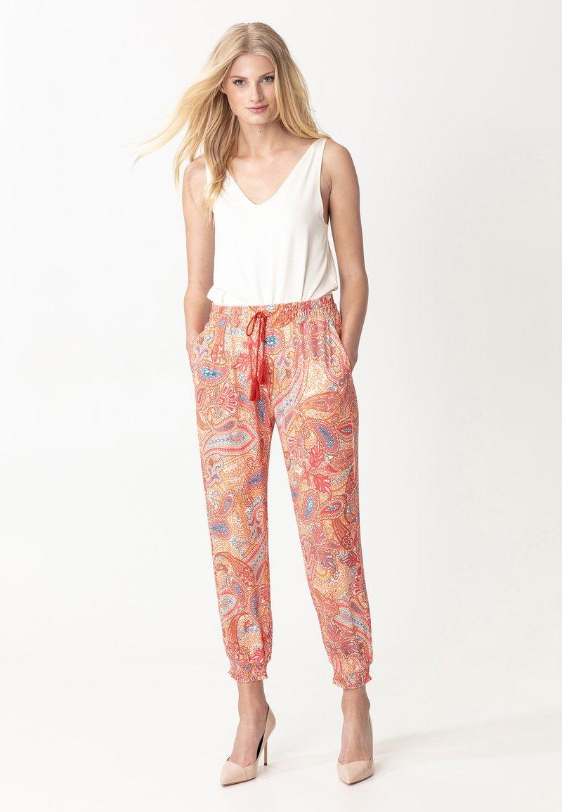 Indiska - RADHAA - Trousers - pink
