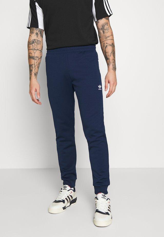 ESSENTIAL - Pantaloni sportivi - conavy