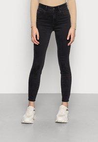 Noisy May - NMAGNES SKINNY - Jeans Skinny Fit - black denim - 0