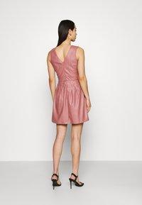 WAL G. - ZASHA MINI DRESS - Cocktail dress / Party dress - dark blush pink - 2