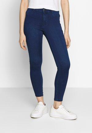 FRANKIE - Skinny džíny - rich blue