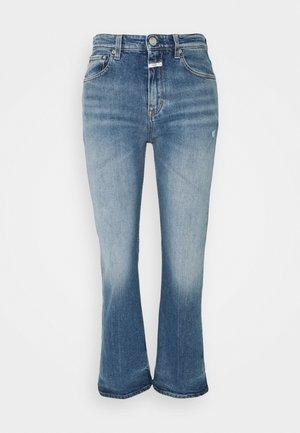 BAYLIN - Jeans a zampa - light blue
