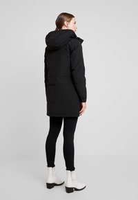 Calvin Klein Jeans - GERMANY SPECIAL PARKA - Down coat - black - 3