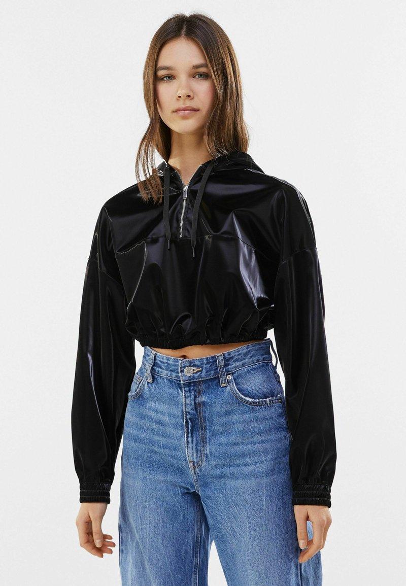 Bershka - MIT KAPUZE - Sweatshirt - black