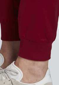adidas Originals - OUTLINE JOGGERS - Tracksuit bottoms - blue - 6