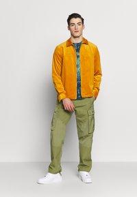 Anerkjendt - AKREMMI - Summer jacket - inca gold - 1