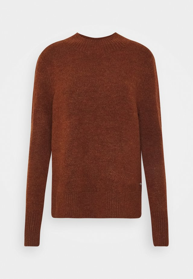 COZY MOCK NECK - Neule - rust orange melange