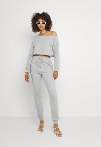 Missguided - OFF THE SHOULDER SET - Sweatshirt - grey marl - 1