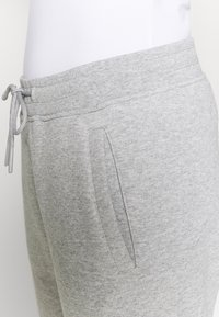 Juicy Couture - IVY - Pantalones deportivos - grey