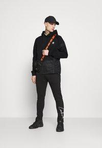G-Star - PRISONER MIX HDD SW L\S - Collegepaita - dark black - 1