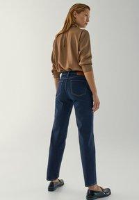 Massimo Dutti - MIT HALBHOHEM BUND - Slim fit jeans - dark blue - 2