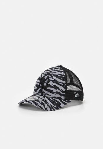 TIGER PRINT 9FORTY NEW YORK YANKEES UNISEX