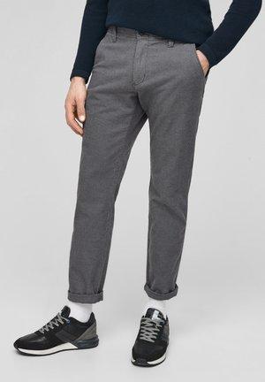 MIT PEPITA-MUSTER - Trousers - light grey check