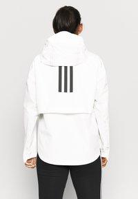 adidas Performance - MYSHELTER PAR - Chaqueta Hard shell - white - 3