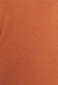 Vero Moda Tall - VMEFFIE HIGHNECK - Long sleeved top - auburn/melange - 2