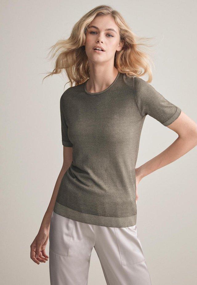 Basic T-shirt - mottled green