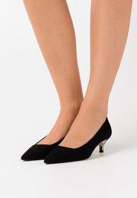 Furla - CODE DECOLLETE  - Classic heels - nero - 0