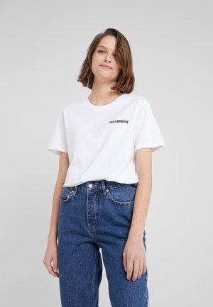 CASUAL TEE - Jednoduché triko - white