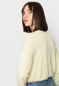 Selected Femme - Jumper - young wheat - 4