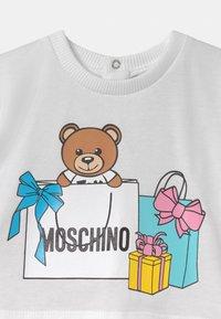 MOSCHINO - SET - A-line skirt - sugar rose/white - 3