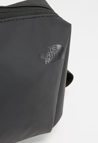 The North Face - STRATOLINER CANISTER - Neceser - black - 6