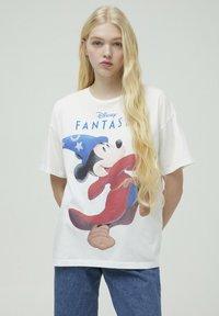 PULL&BEAR - DISNEY - T-shirt con stampa - white - 0