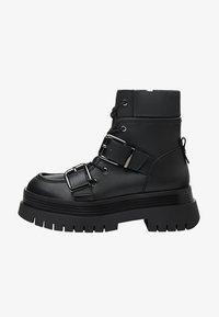 Bershka - Kotníkové boty na platformě - black - 1
