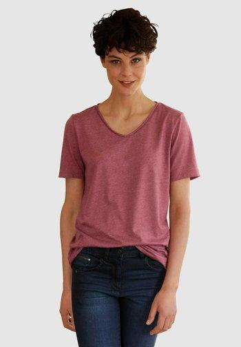 Basic T-shirt - brombeere