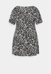 CAPSULE by Simply Be - PUFF SLEEVE SWING DRESS - Jersey dress - black - 1