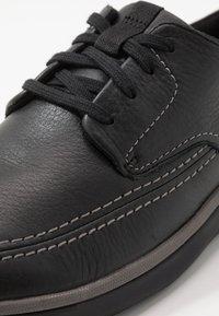 Clarks - GARRATT STREET - Zapatos con cordones - black - 5