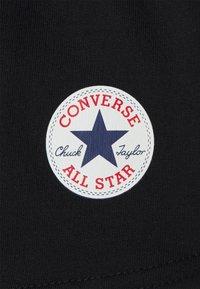 Converse - TIMELESS CHUCK PATCH - Shorts - black - 2