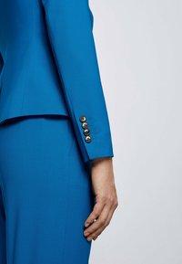 BOSS - JAYANA - Blazer - open blue - 4