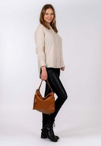 Emily & Noah - Handbag - cognac - 0